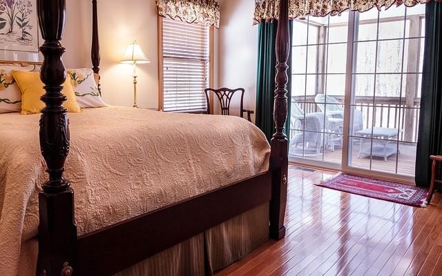 bedroom-670249_640