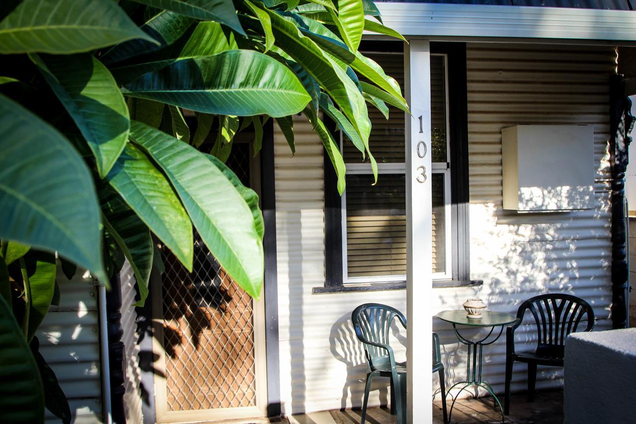 Heather's Mica Cottage