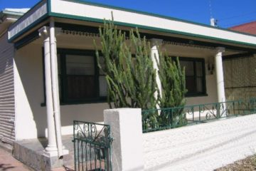 Betty's Cottage Broken Hill